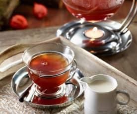 Masala-Tee mit Cashewmilch