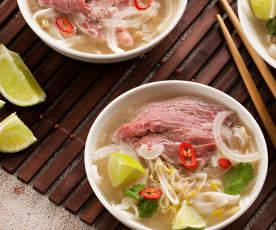 Sopa de ternera (Pho bo) - Vietnam