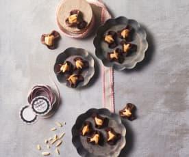Schoko-Hütchen mit Marzipan