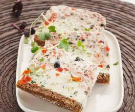 Ziegenkäse-Terrine mit Oliven