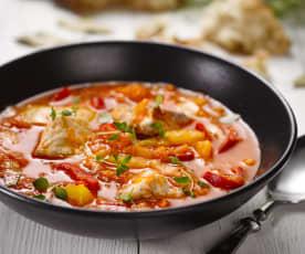 Ragú z kapra, paprik a rajčat