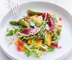 Chřestový salát s mangem