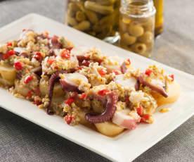 Ensalada de patata con pulpo y vinagreta de encurtidos