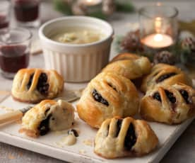 Mini Eccles Cakes with Potted Stilton