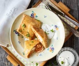 Teigtaschen mit Sauerkraut und Fisch