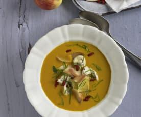 Kürbis-Apfel-Suppe mit Pouletbrust