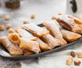 Casadielles de dulce de manzana con avellanas