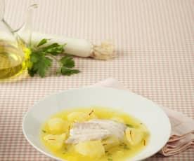 Sopa de lubina con patatas