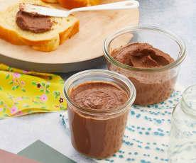 Pâte à tartiner chocolat-noisette-aubergine