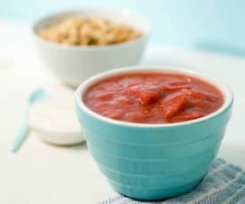 Stewed rhubarb with apple and strawberries