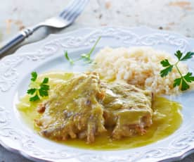 Tortitas de carne en salsa verde