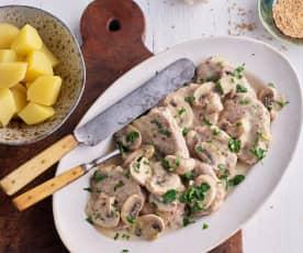 Filet mignon de porc, pommes de terre, brocoli et sauce moutarde