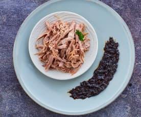 Cosce d'anatra a Cottura Lenta con salsa alle prugne