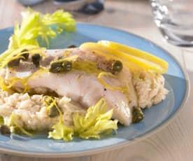 Fischfilet mit Selleriepüree und Kapern-Zitronen-Sauce