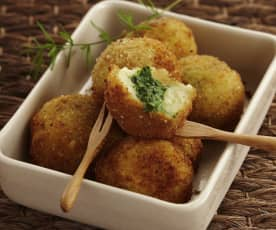 Kartoffelkroketten mit Feldsalat-Kern