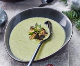 Brokkoli-Apfel-Suppe