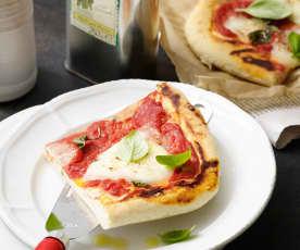 Pizza Margherita mit Bier