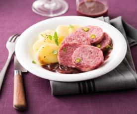Saucisson de Lyon à la sauce beaujolaise
