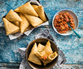 Samosa with fresh tomato chutney