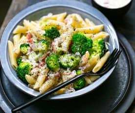 Penne à la pancetta, brocoli et citron