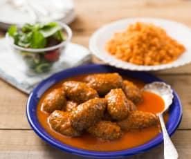 Klopsiki z sosem pomidorowym i ryżem  (Soutzoukakia)