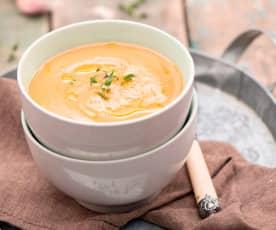 Zupa krem z pieczonego bakłażana i czosnku