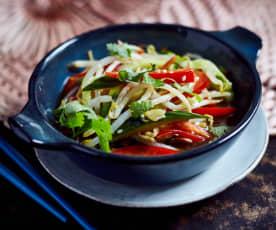 Bohnensprossen-Gurken-Salat  (豆芽拌小黄瓜)