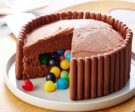 Gâteau piñata surprise au chocolat