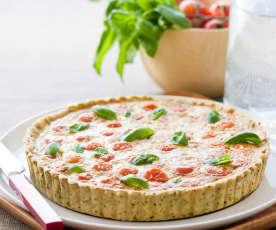 Quiche de tomate, queijo e manjericão