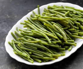 Cozer 200-300 g de feijão-verde