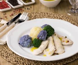 Pollo con cavolfiori tricolore con olio aromatizzato ai pepi