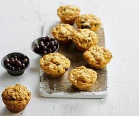 Muffins com chourição e azeitona