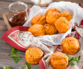 Rajčatové muffiny se sýrem mozzarella