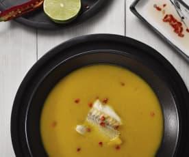 Polévka z batátů s rybími kousky