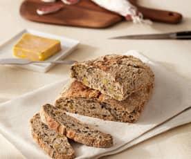Pan rústico de setas y pistachos