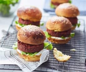 Hambúrguer vegetariano de beterraba