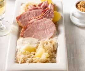 Chuletas de Sajonia con patatas y chucrut