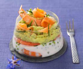 Verrine saumon, crevette, avocat et fromage frais