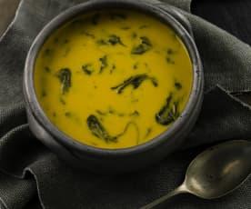 Sopa de grão com espinafres