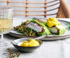 Fischroulade mit Quinoa und Safranschaum