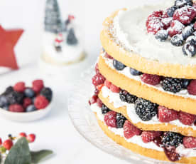 Layer cake navideño de frutos del bosque