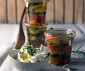 Eingelegtes Gemüse vom Grill mit Labneh