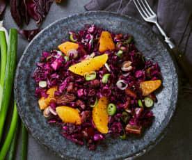 Orangen-Rotkohl-Salat mit Datteln