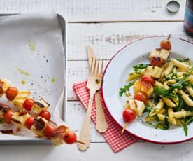 Tomaat-halloumispiesjes met pastasalade