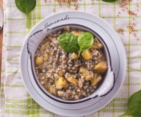 Zuppa di spinaci e grano saraceno