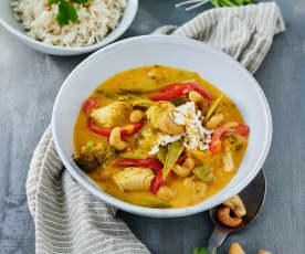 Scharfes Thai-Curry mit Cashewkernen