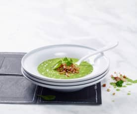 Petersilie-Spinat-Suppe