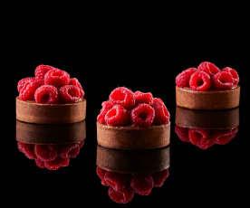 Bachour: Tartas de frambuesa con chocolate