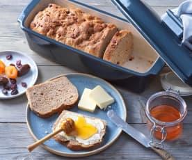 Frühstücksbrot mit Trockenfrüchten