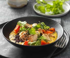 Curry Bowl mit schwarzem Reis und Hühnerfilet